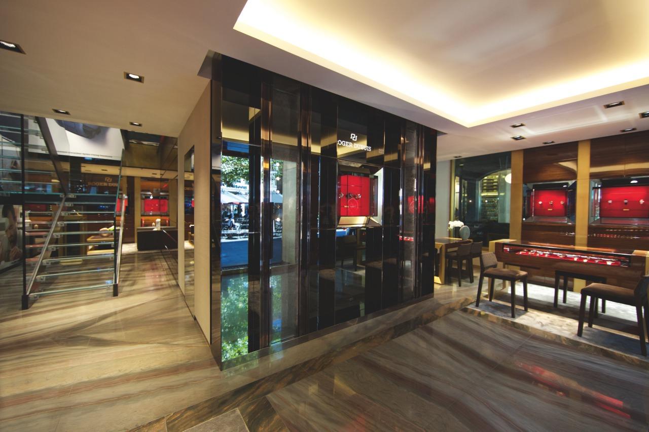 Boutique Geneva - Offical PicturesPlace de la Fusterie