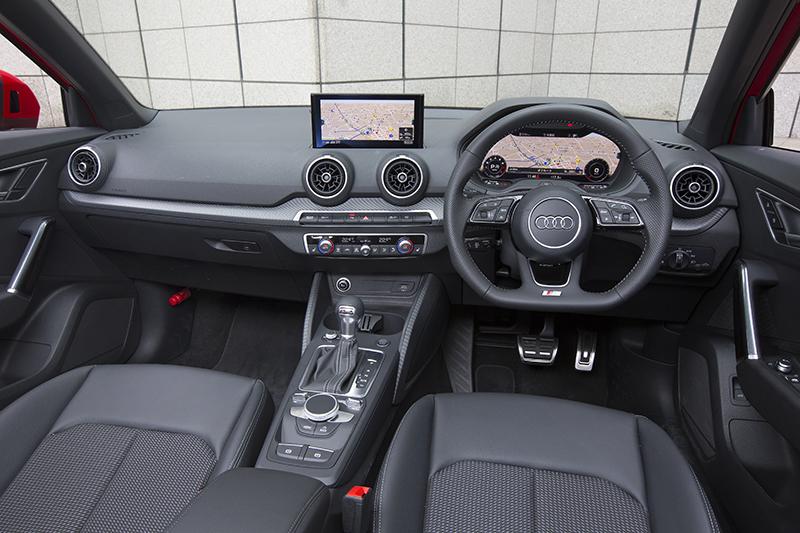 20170426_037_Audi_Q2_1.4_interior_01