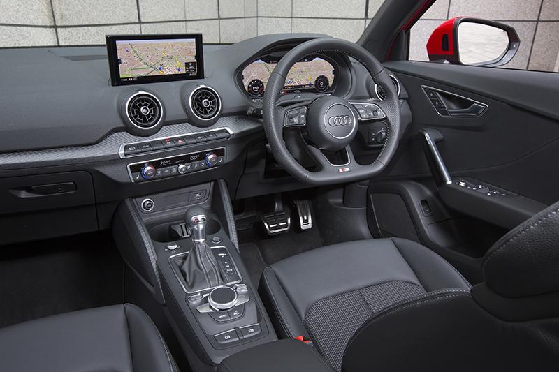 20170426_037_Audi_Q2_1.4_interior_02
