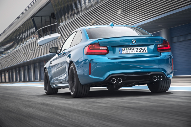 P90199686_highRes_the-new-bmw-m2-coupe
